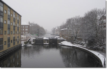 London Fields view of Regents Canal
